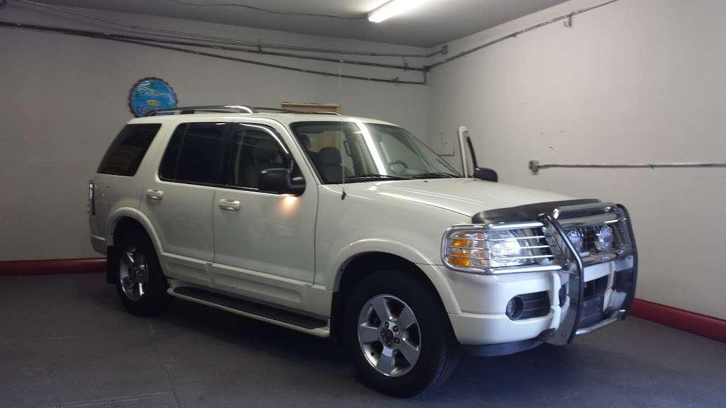 SB Auto Sales - car dealer  | Photo 8 of 10 | Address: 1355 Montauk Hwy, Copiague, NY 11726, USA | Phone: (631) 225-1405