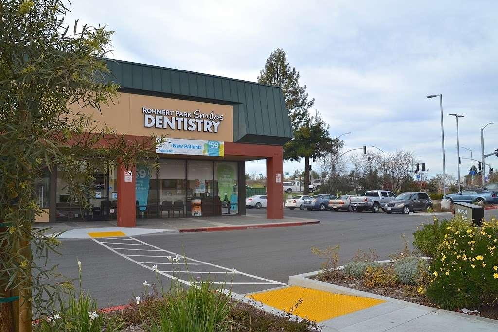 Rohnert Park Smiles Dentistry - dentist    Photo 3 of 10   Address: 6315 Commerce Blvd, Rohnert Park, CA 94928, USA   Phone: (707) 584-7401