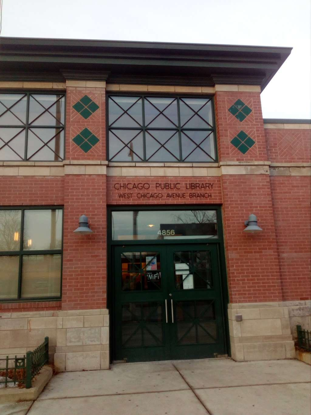 West Chicago Avenue Branch, Chicago Public Library - library  | Photo 2 of 10 | Address: 4856 W Chicago Ave, Chicago, IL 60651, USA | Phone: (312) 743-0260
