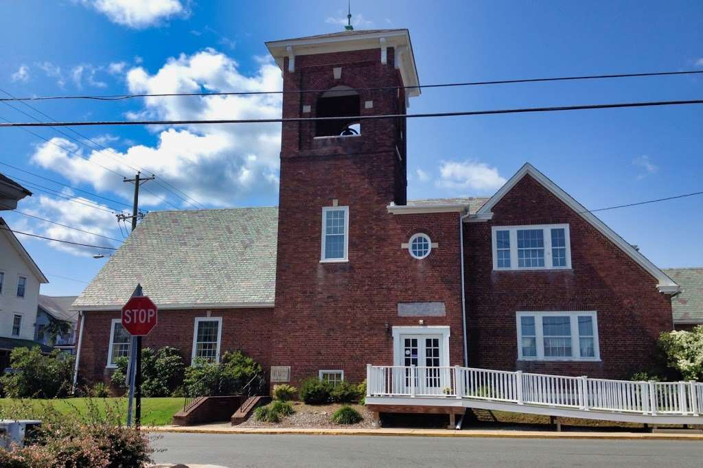 First Presbyterian Church - church  | Photo 2 of 2 | Address: 19 E Main St, Rising Sun, MD 21911, USA | Phone: (410) 658-2888