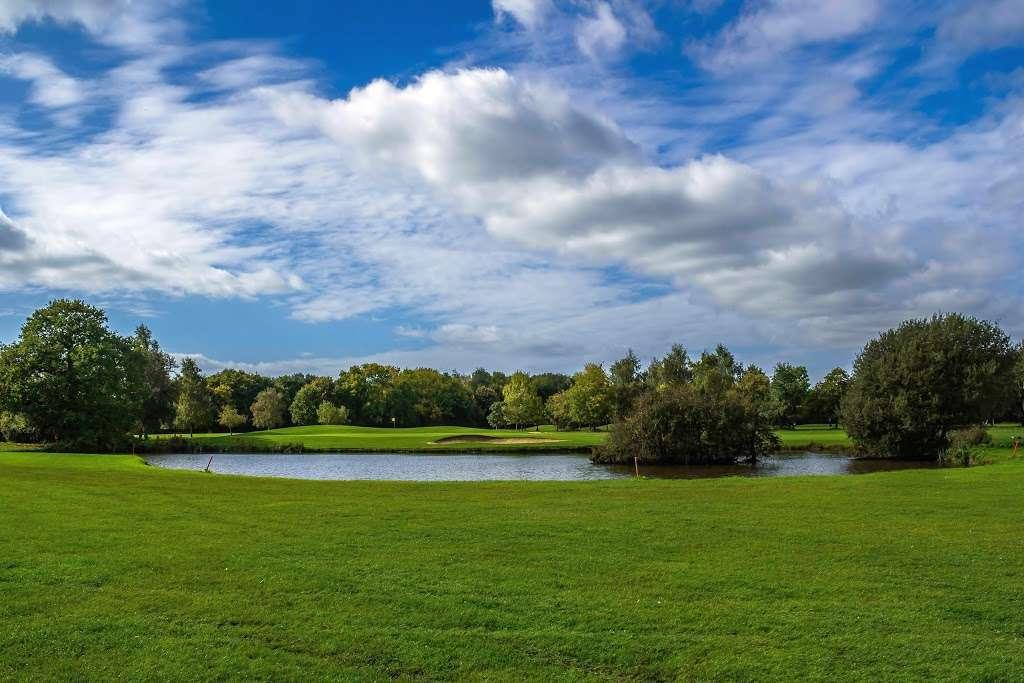 Stapleford Abbotts Golf Club - health    Photo 10 of 10   Address: Horsemanside, Tysea Hill, Romford RM4 1JU, UK   Phone: 01708 381108
