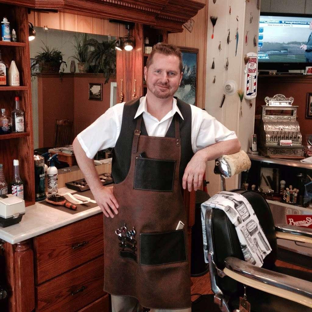 Stracks Barber Shop - hair care    Photo 9 of 10   Address: 1109 S Main St, Algonquin, IL 60102, USA   Phone: (847) 658-6948