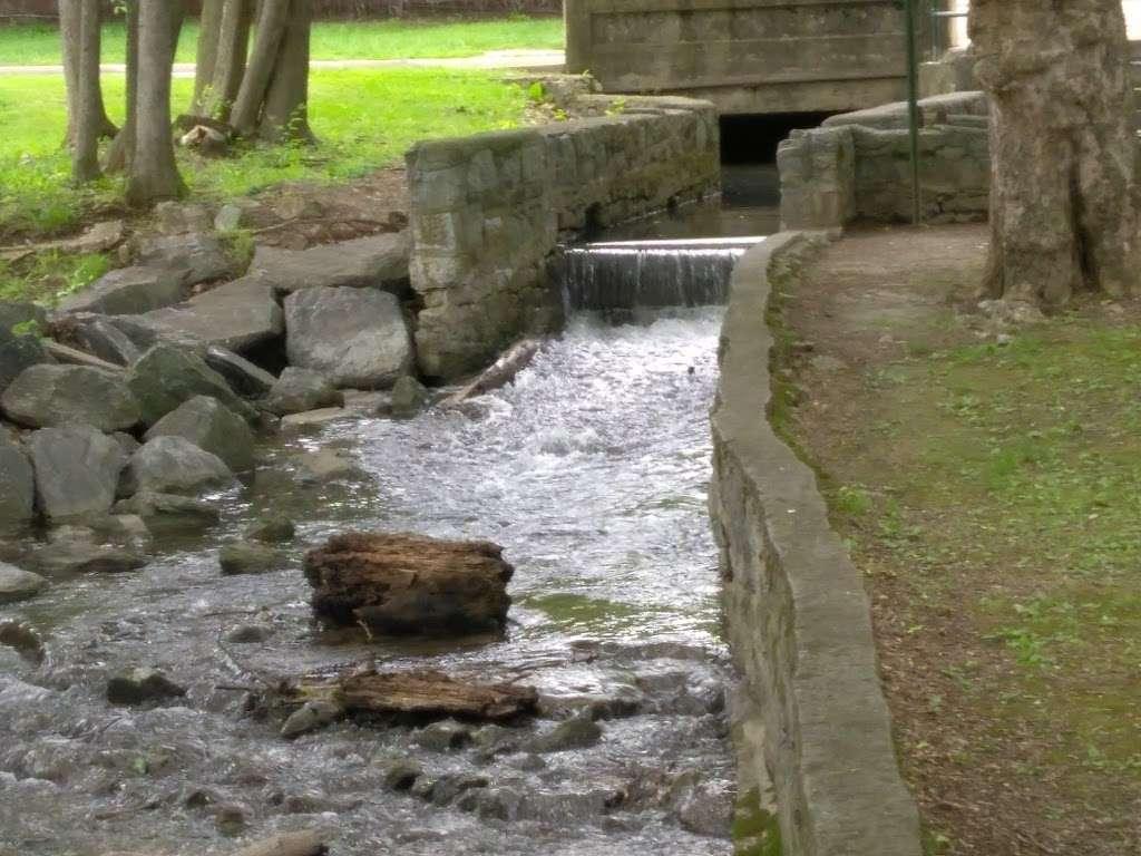 Pangborn Park - park  | Photo 2 of 10 | Address: 591 Pangborn Blvd, Hagerstown, MD 21740, USA | Phone: (301) 739-8577