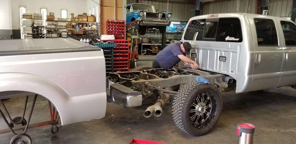 Rollings Automotive Inc - car repair  | Photo 7 of 10 | Address: 6107 Marlatt St, Mira Loma, CA 91752, USA | Phone: (951) 361-3001