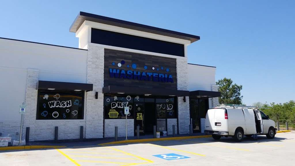 Kroozin Gas Station - store  | Photo 2 of 10 | Address: 5803 Barker Cypress Rd, Houston, TX 77084, USA | Phone: (281) 861-5552