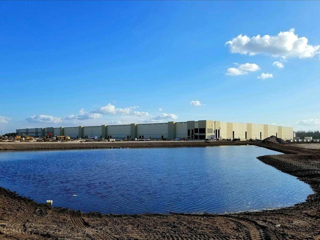 Amazon MCO1 - storage  | Photo 5 of 10 | Address: 12340 Boggy Creek Rd, Orlando, FL 32824, USA