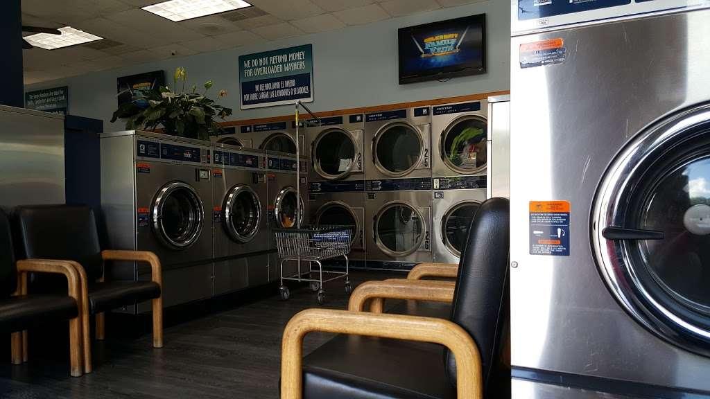 Rainbow Car Wash - car wash  | Photo 2 of 8 | Address: 891 US-30 BUS, Coatesville, PA 19320, USA | Phone: (610) 384-1388