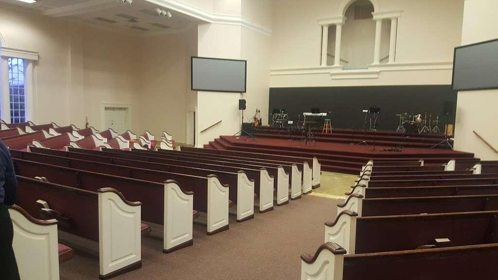 Templo Poder y Gozo - church  | Photo 1 of 10 | Address: 4401 Theiss Rd, Humble, TX 77338, USA | Phone: (281) 591-6716