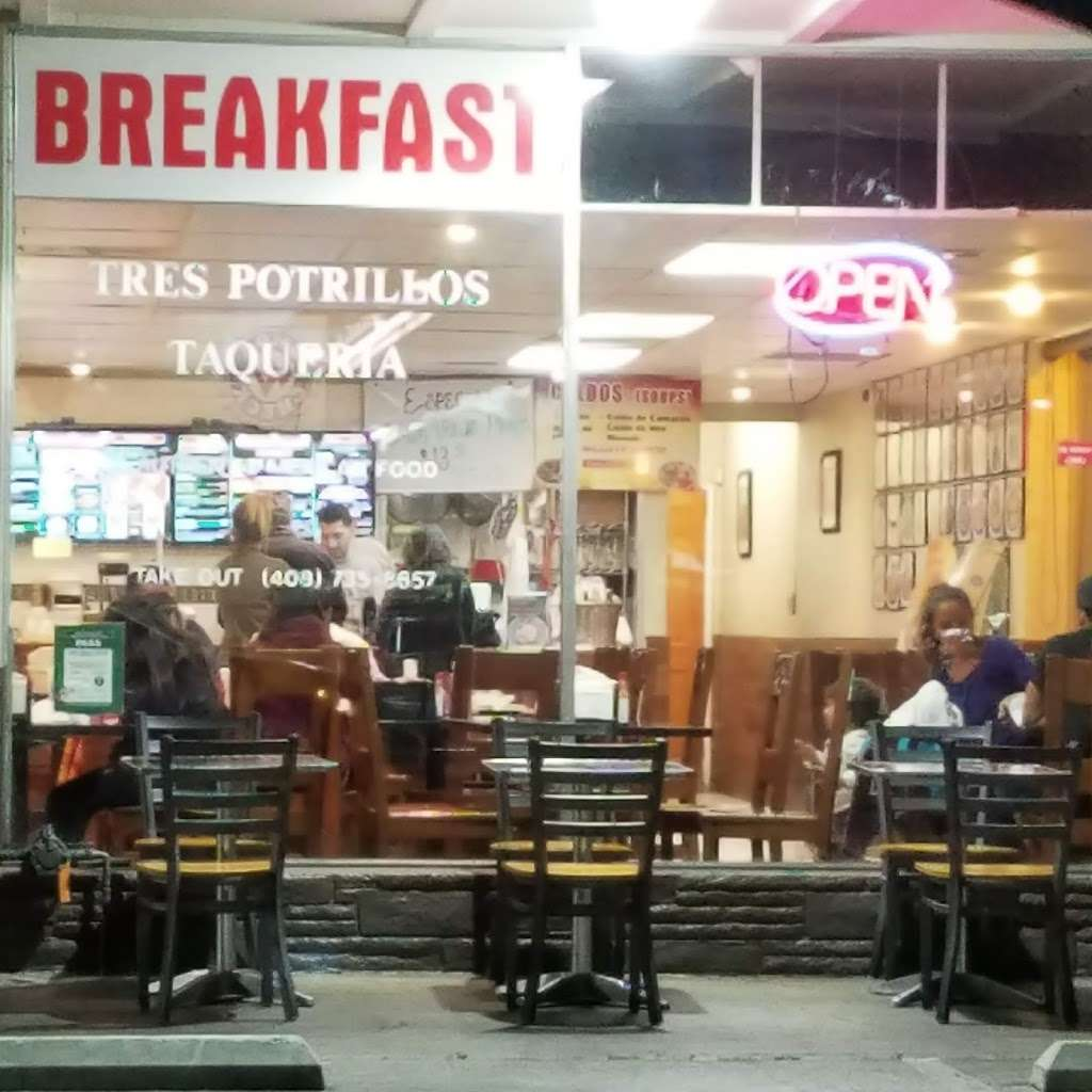 Tres Potrillos Taqueria - restaurant    Photo 3 of 10   Address: 670 N Fair Oaks Ave, Sunnyvale, CA 94085, USA   Phone: (408) 735-8657
