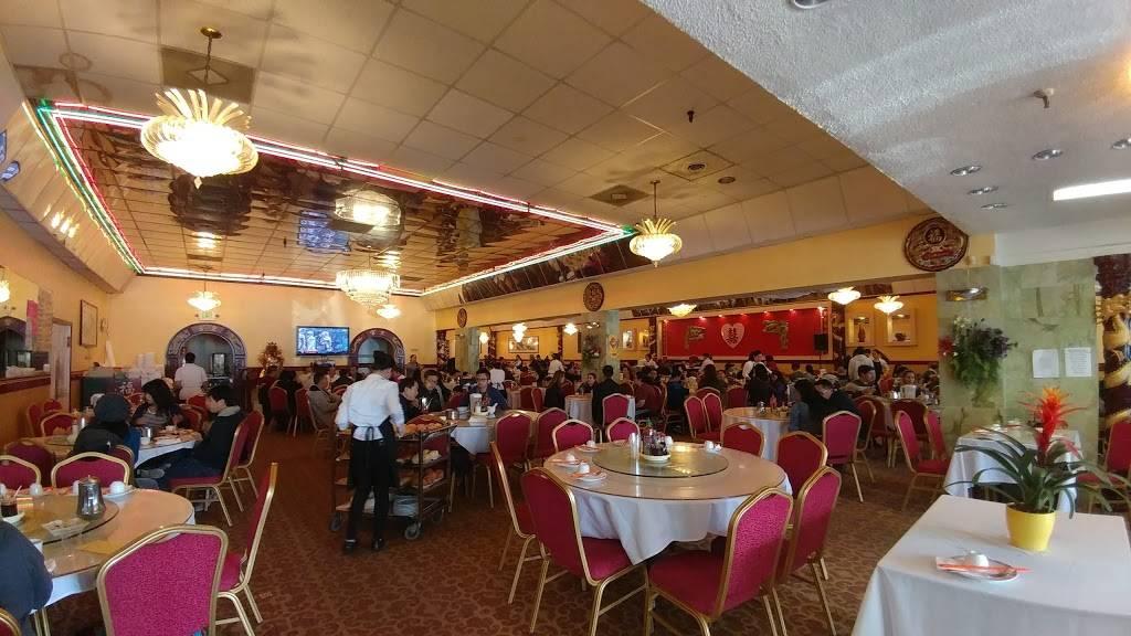 King Palace | Seafood Restaurant - restaurant  | Photo 2 of 4 | Address: 5829 Stockton Blvd, Sacramento, CA 95824, USA | Phone: (916) 456-8888