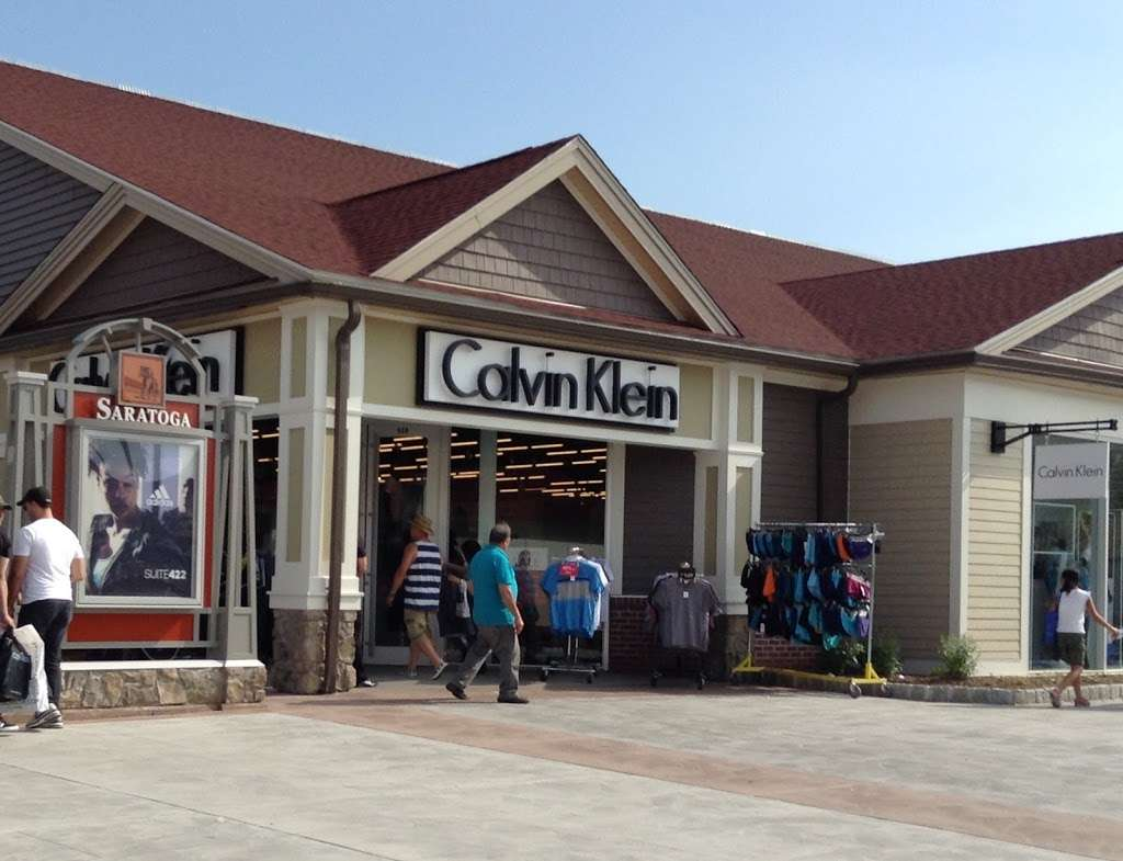Calvin Klein Outlet - clothing store  | Photo 2 of 10 | Address: 650 Bluebird Ct, Central Valley, NY 10917, USA | Phone: (845) 928-9080