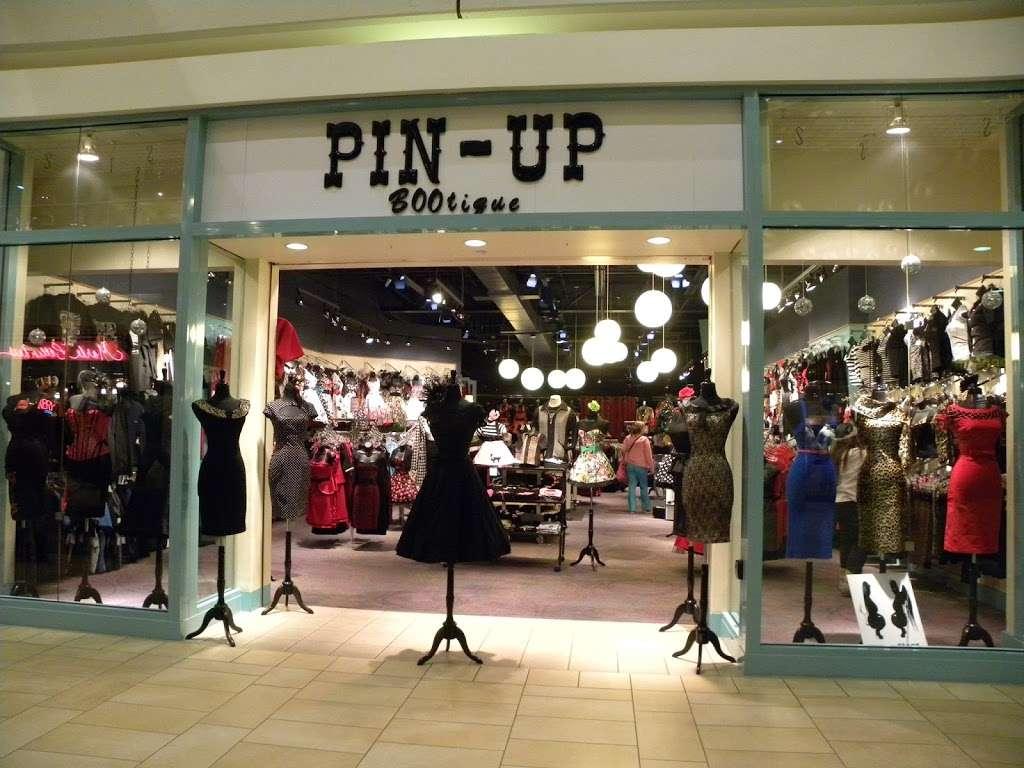 Pin Up Bootique - clothing store    Photo 3 of 7   Address: 1804 Montebello Town Center, Montebello, CA 90640, USA   Phone: (323) 727-7976