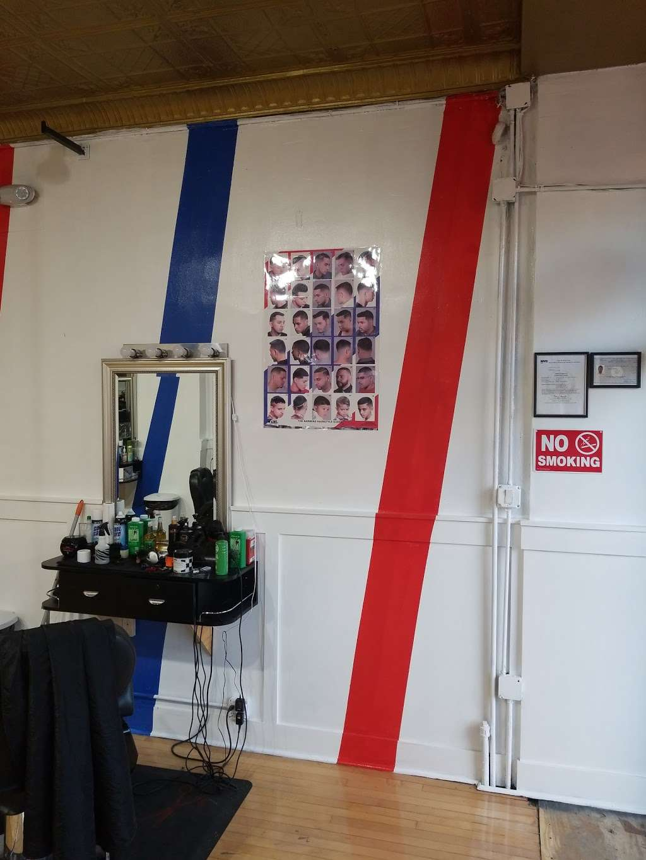International Cuts Barbershop - hair care  | Photo 3 of 4 | Address: 107-05 Rockaway Blvd, Ozone Park, NY 11417, USA | Phone: (347) 494-5784