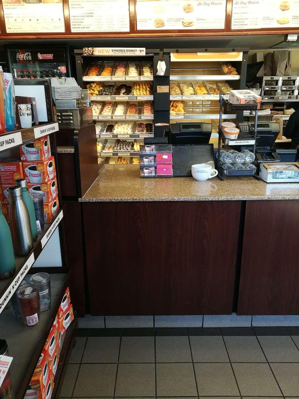 Dunkin Donuts - cafe  | Photo 9 of 10 | Address: 388 Fishkill Ave, Beacon, NY 12508, USA | Phone: (845) 838-6711
