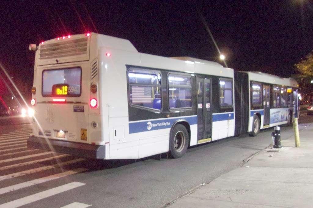 Southern Bl/e 182 St - bus station    Photo 1 of 2   Address: Bronx, NY 10460, USA