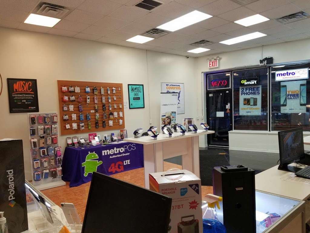 Smartphone Center - store  | Photo 5 of 10 | Address: 7 Walker St, Staten Island, NY 10302, USA | Phone: (718) 720-1917