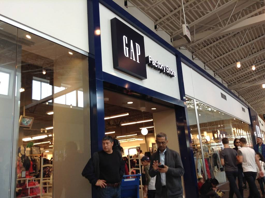 Gap Factory - clothing store  | Photo 1 of 10 | Address: 651 Kapkowski Rd Space #260, Elizabeth, NJ 07201, USA | Phone: (908) 354-2613