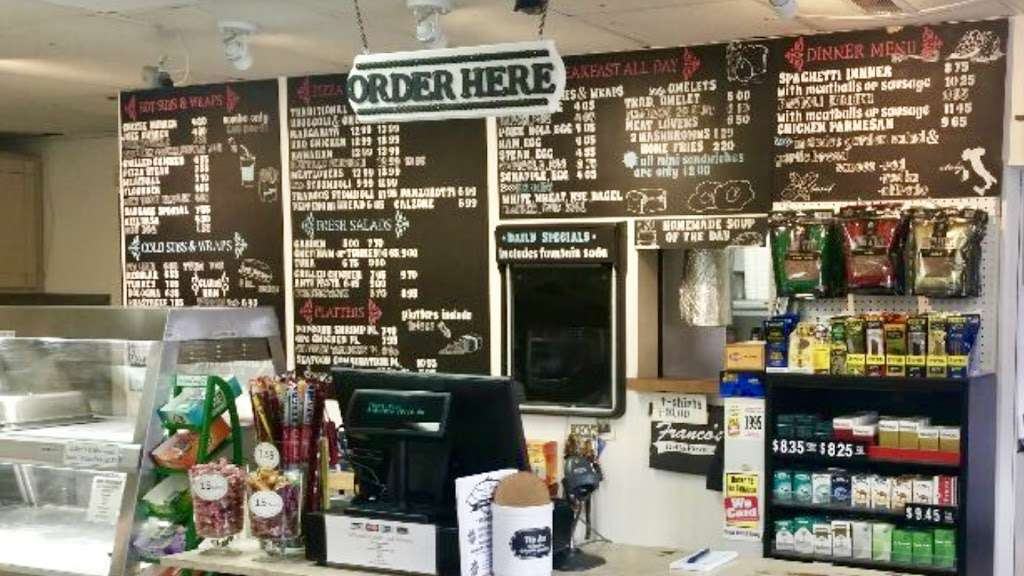 Francos Market Deli & Pizzeria - meal delivery  | Photo 1 of 10 | Address: 1346 NJ-77, Bridgeton, NJ 08302, USA | Phone: (856) 451-2920