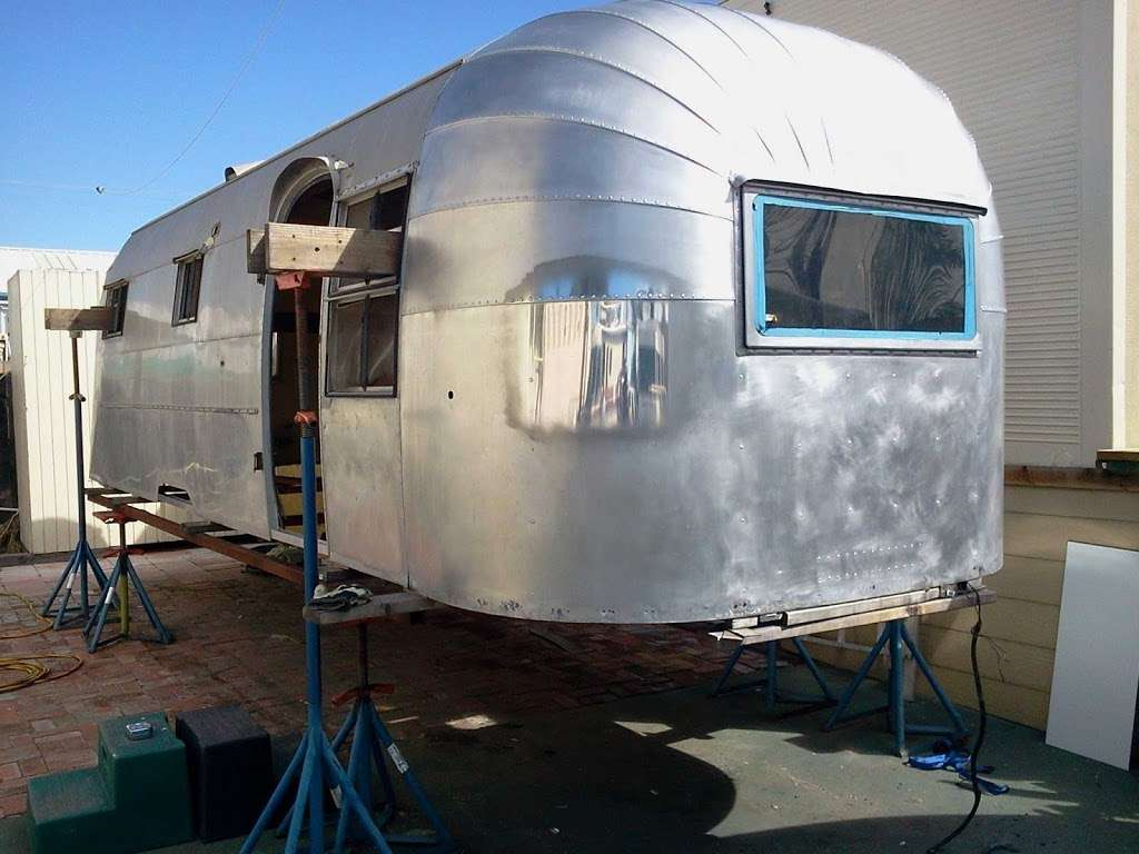 Tommys Custom Coach Works - car repair    Photo 3 of 10   Address: 3048 Moore St, San Diego, CA 92110, USA   Phone: (619) 497-1007