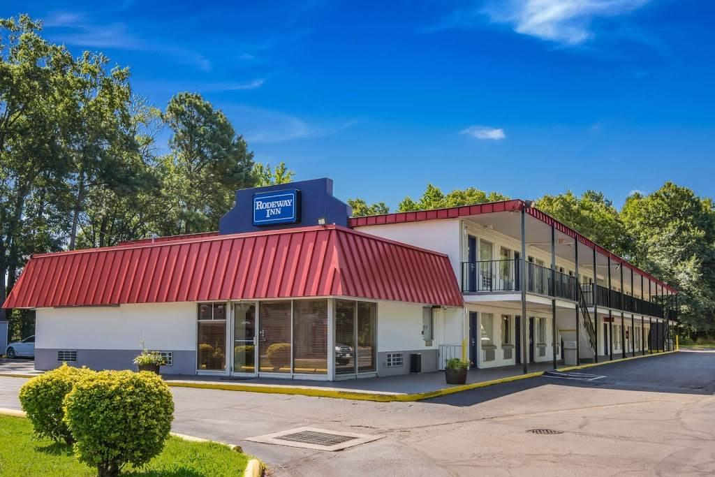 Rodeway Inn North Chesterfield-Richmond - lodging  | Photo 1 of 7 | Address: 2125 Willis Rd, Richmond, VA 23237, USA | Phone: (804) 271-6031
