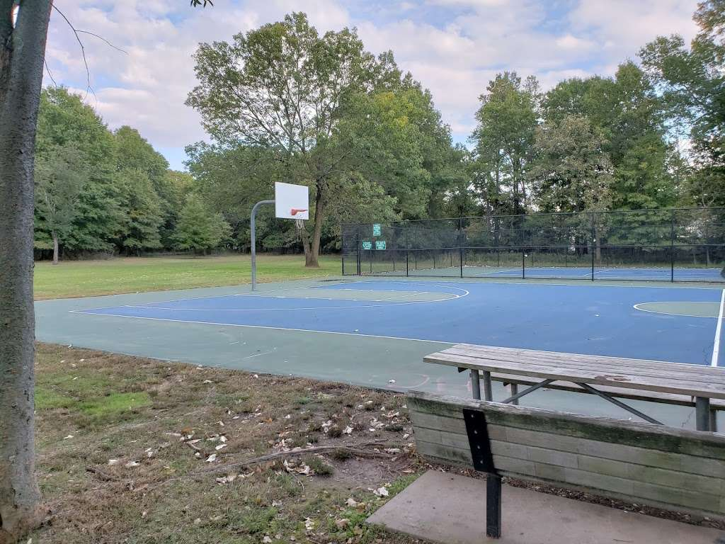 Suskin Park - park    Photo 5 of 10   Address: 91 Haines Ave, Piscataway Township, NJ 08854, USA
