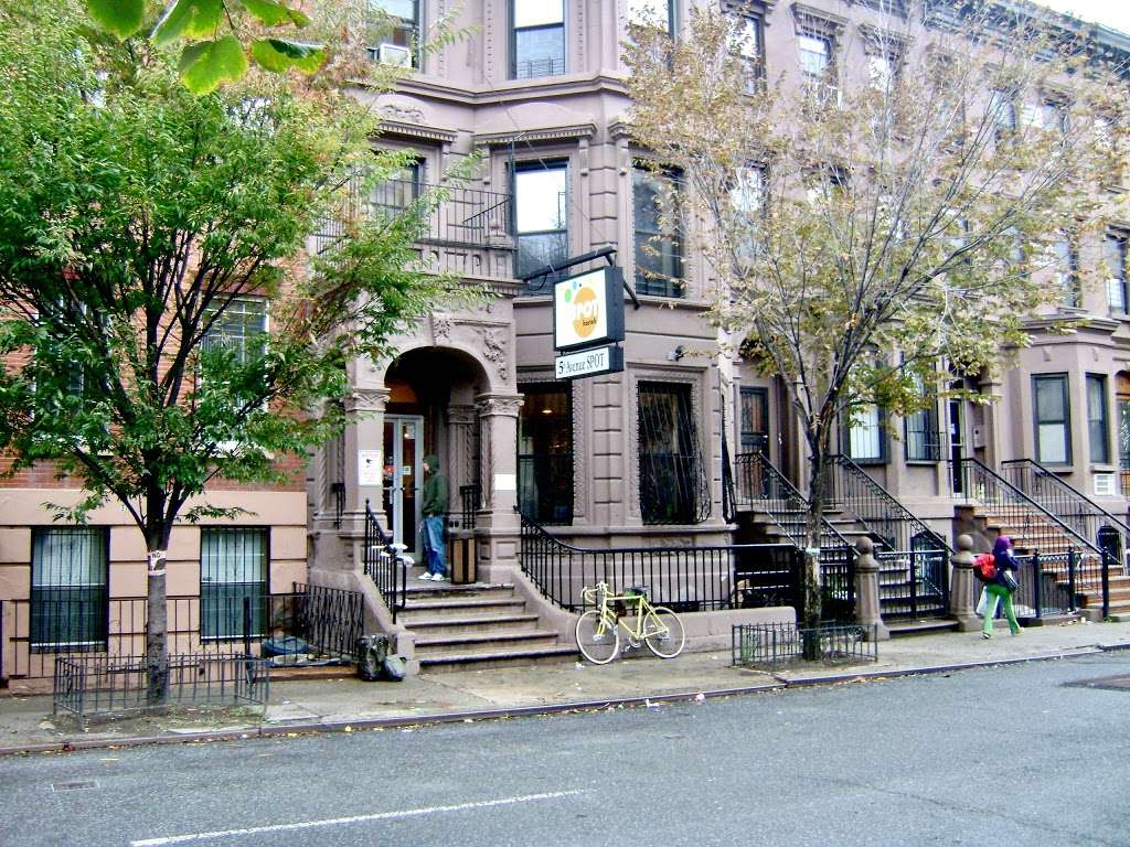 Spot Hostels - lodging  | Photo 1 of 1 | Address: 35 W 126th St, New York, NY 10027, USA | Phone: (212) 289-6405