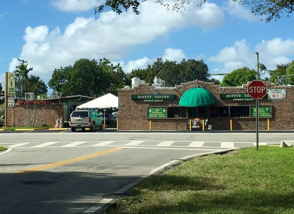 Duffys Tavern - restaurant  | Photo 3 of 9 | Address: 2108 SW 57th Ave, Miami, FL 33155, USA | Phone: (305) 264-6580
