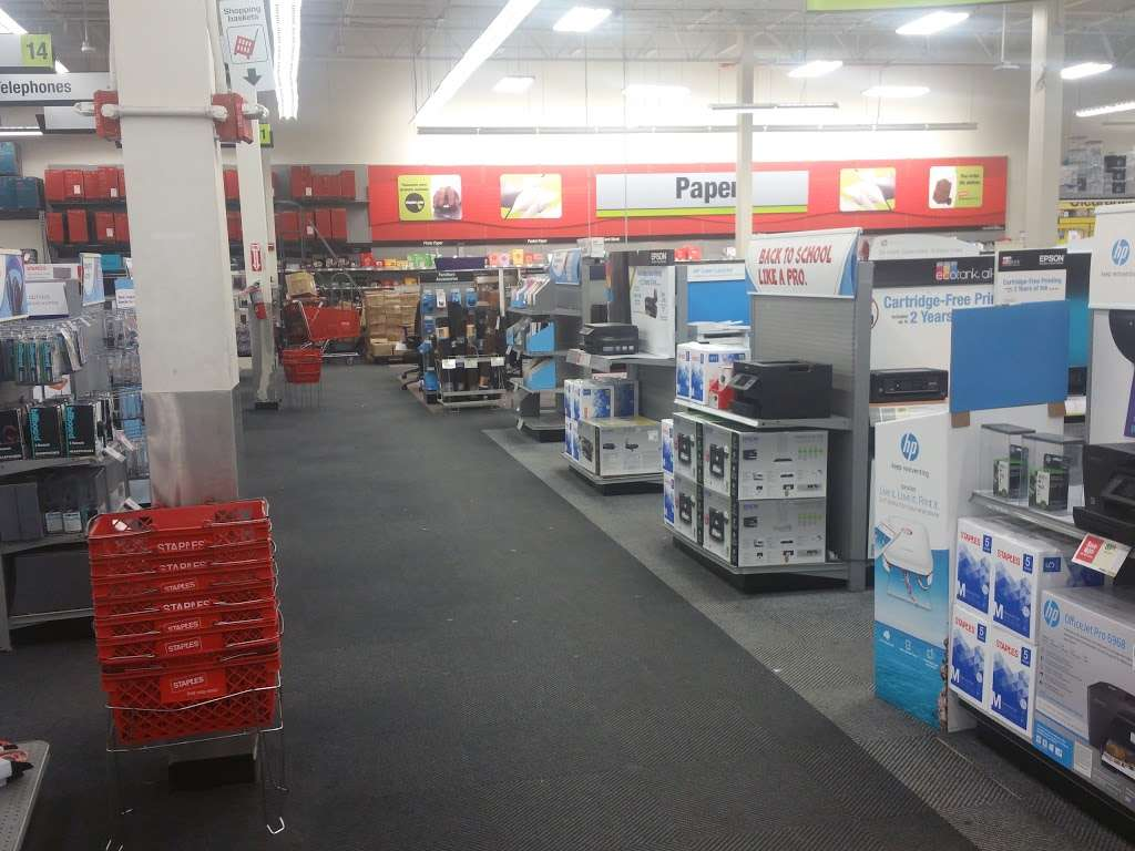 Staples - furniture store  | Photo 7 of 10 | Address: 409 Gateway Dr, Brooklyn, NY 11239, USA | Phone: (718) 348-9477