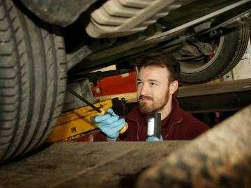 PTA Garage Services Godstone Motorstore - car wash  | Photo 8 of 10 | Address: Unit 2 Garage, Eastbourne Rd, South Godstone RH9 8EZ, UK | Phone: 01342 893666