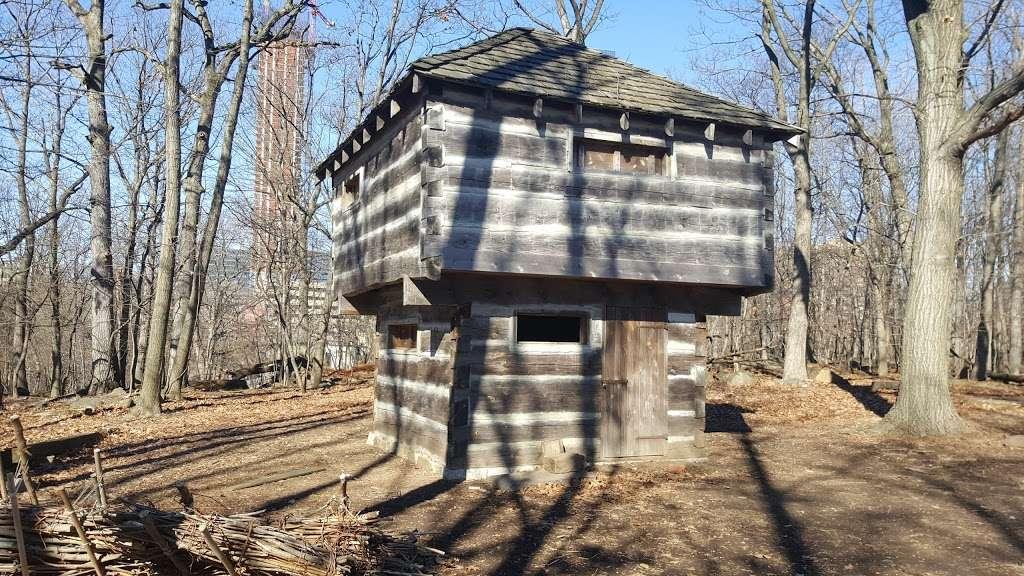 Fort Lee Historic Park - park  | Photo 5 of 10 | Address: Hudson Terrace, Fort Lee, NJ 07024, USA | Phone: (201) 461-1776