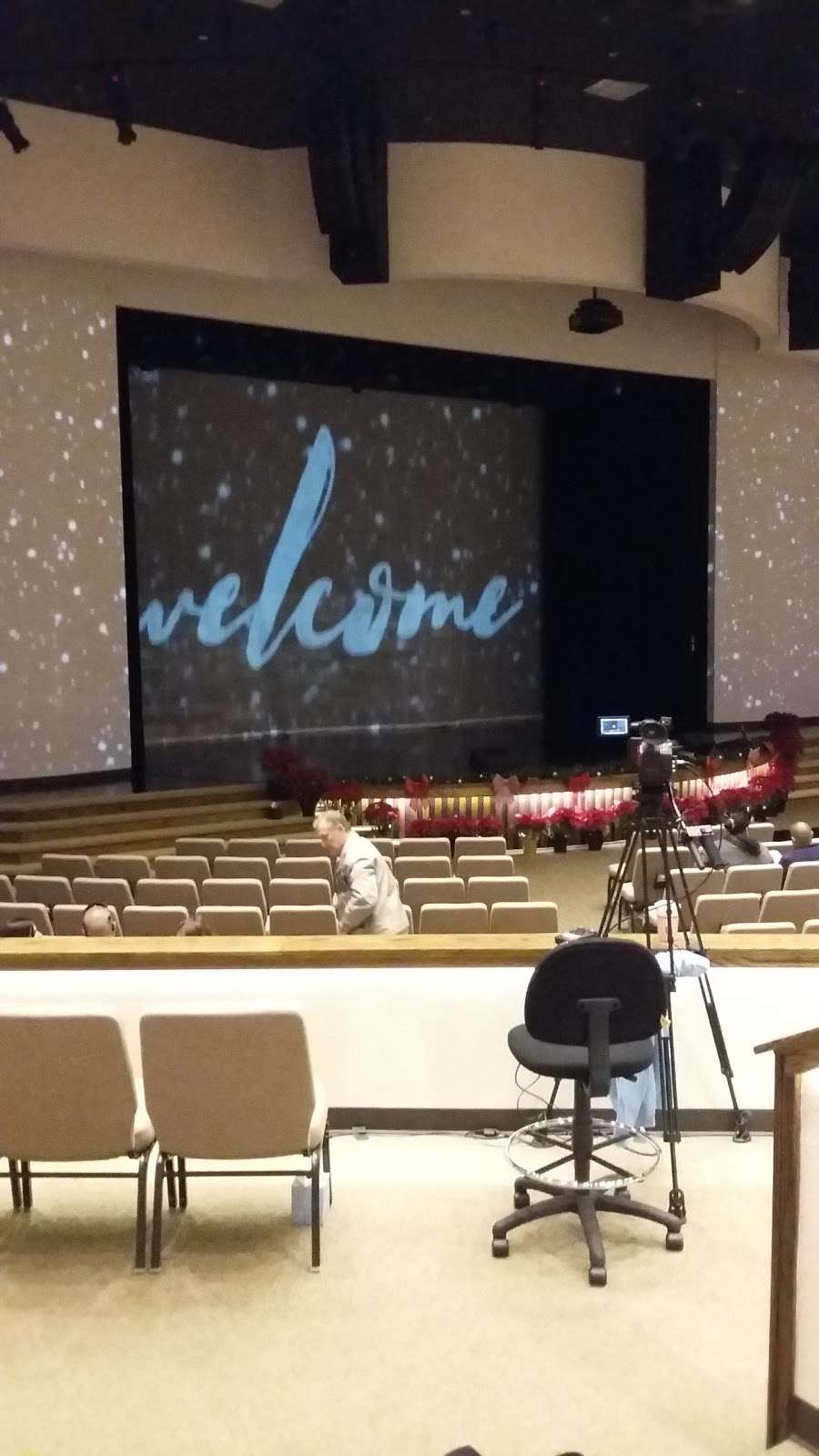 Crossroads Fellowship - church  | Photo 1 of 10 | Address: 12110 East Sam Houston Pkwy N, Houston, TX 77044, USA | Phone: (713) 455-1661