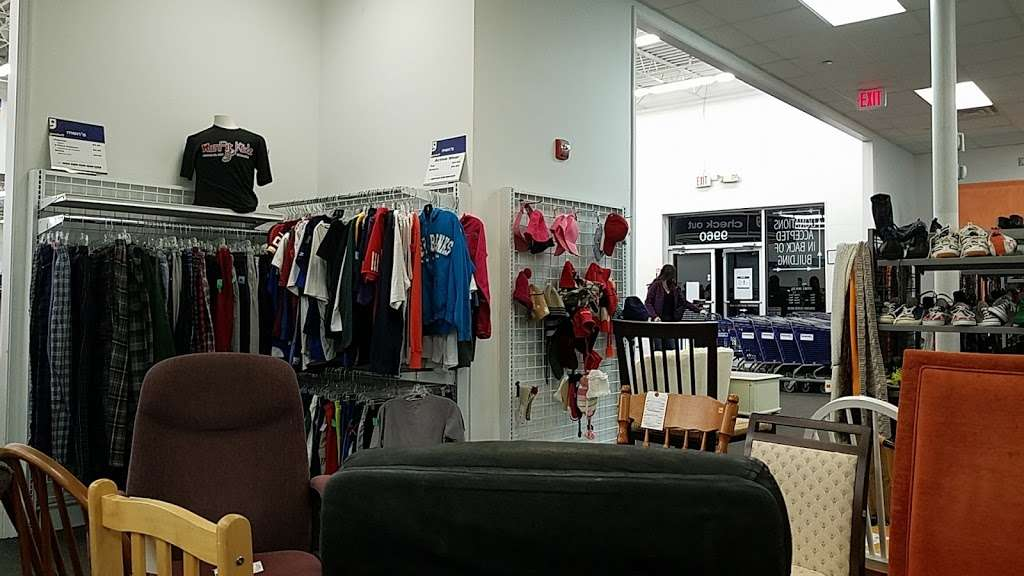 Goodwill Retail Store & Donation Center - clothing store    Photo 6 of 10   Address: 9960 Main Street, Fairfax, VA 22031, USA   Phone: (703) 349-1806