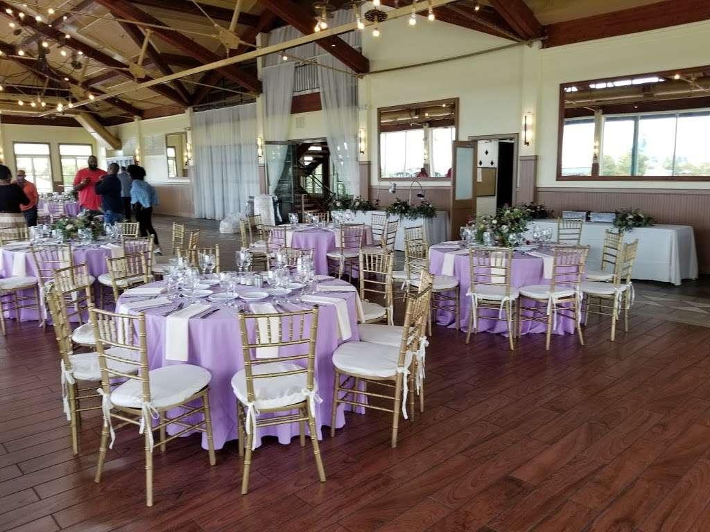 Liberty House Restaurant - restaurant  | Photo 5 of 10 | Address: 76 Audrey Zapp Dr, Jersey City, NJ 07305, USA | Phone: (201) 395-0300