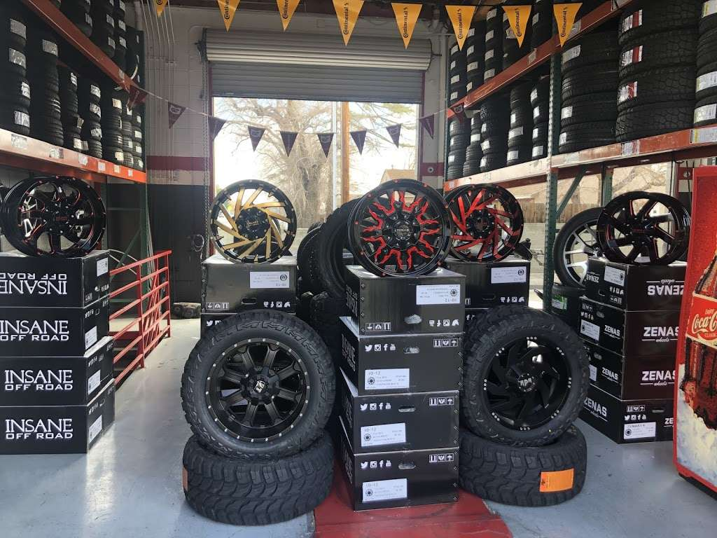 TIRES BY EZ - car repair  | Photo 1 of 6 | Address: 1560 E Palmdale Blvd, Palmdale, CA 93550, USA | Phone: (661) 878-8737
