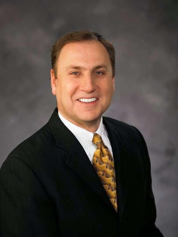 Irwin B. Simon MD, F.A.C.S. - doctor  | Photo 1 of 3 | Address: 2450 W Horizon Ridge Pkwy STE 100, Henderson, NV 89052, USA | Phone: (702) 341-7608