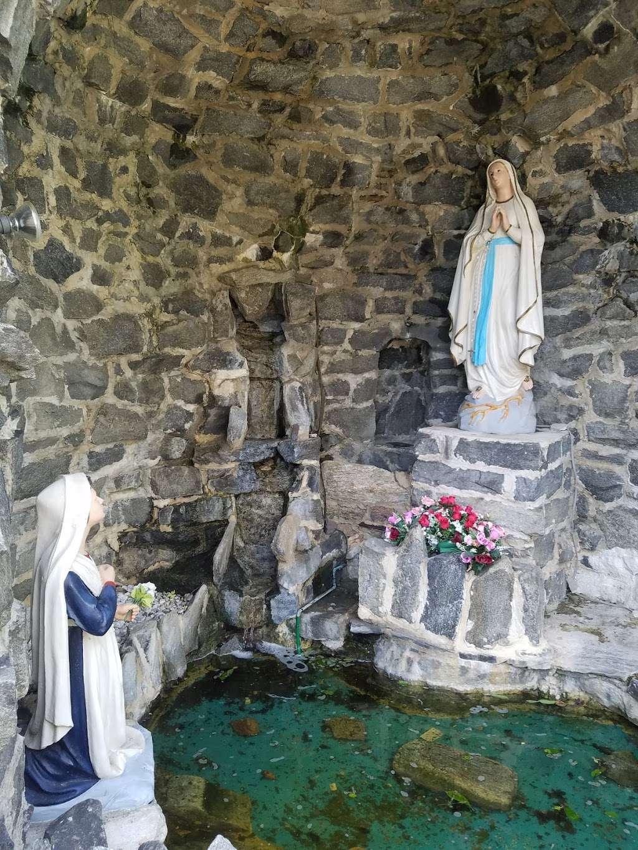 St Josephs Church - church    Photo 1 of 10   Address: 500 Woodlawn Ave, Collingdale, PA 19023, USA   Phone: (610) 583-4530