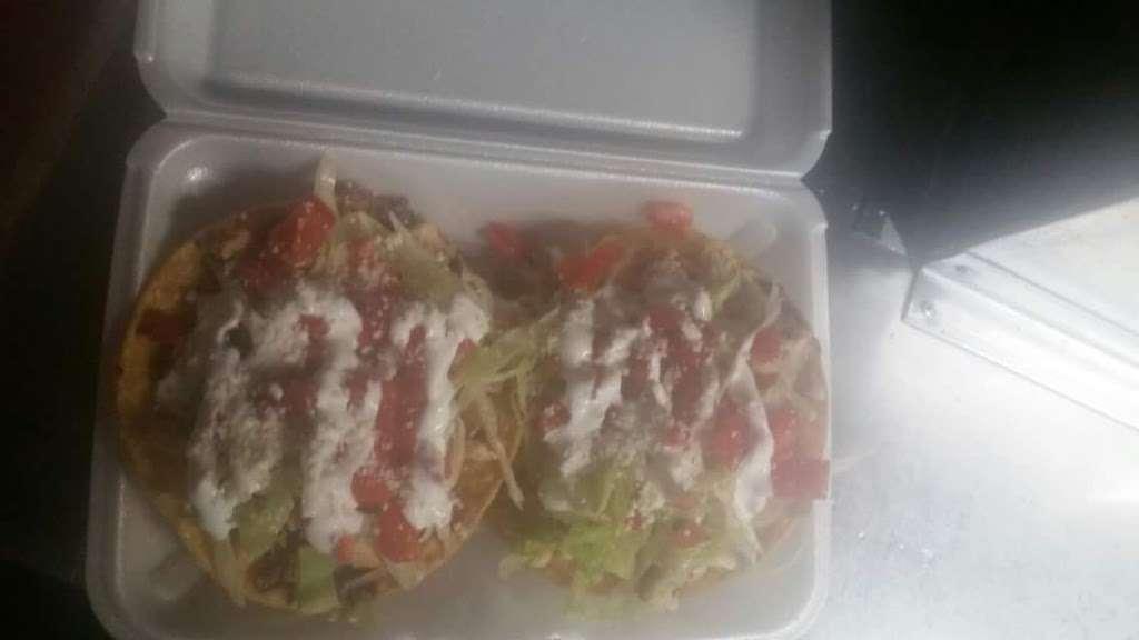 Taco LOPEZ - restaurant    Photo 7 of 10   Address: 86th street and, 18th Ave, Brooklyn, NY 11214, USA   Phone: (929) 304-9394