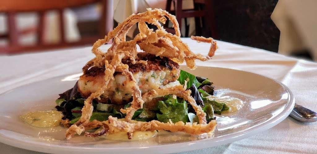 Liberty House Restaurant - restaurant  | Photo 4 of 10 | Address: 76 Audrey Zapp Dr, Jersey City, NJ 07305, USA | Phone: (201) 395-0300
