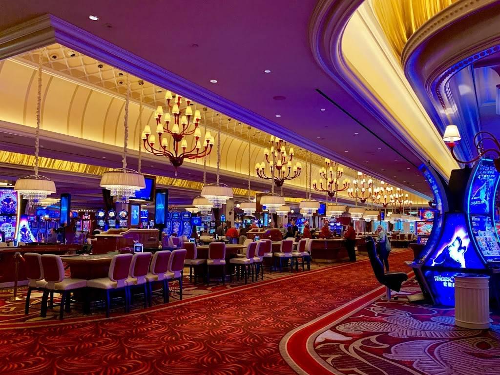 River City Casino & Hotel - lodging  | Photo 9 of 10 | Address: 777 River City Casino Blvd, St. Louis, MO 63125, USA | Phone: (314) 388-7777