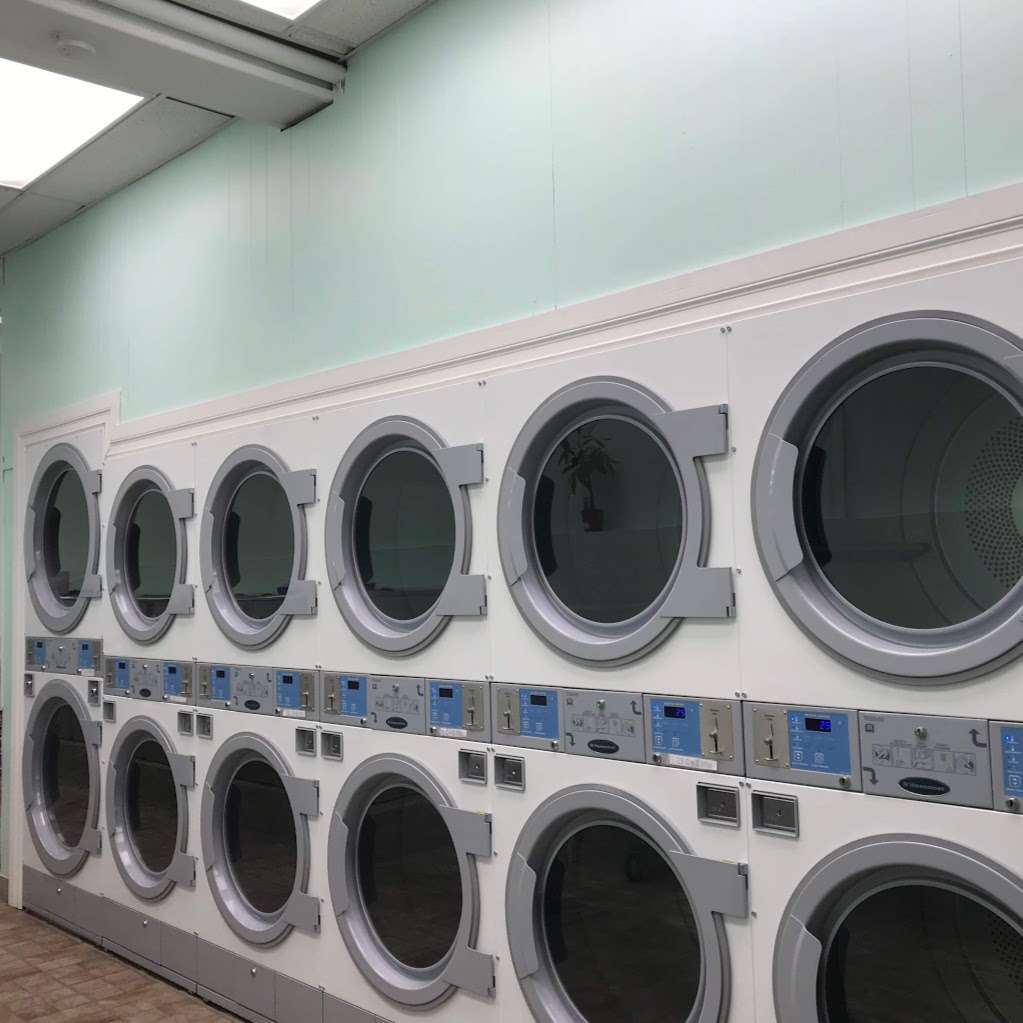 Waldwick Laundromat - laundry  | Photo 2 of 2 | Address: 24 E Prospect St, Waldwick, NJ 07463, USA | Phone: (201) 995-3035
