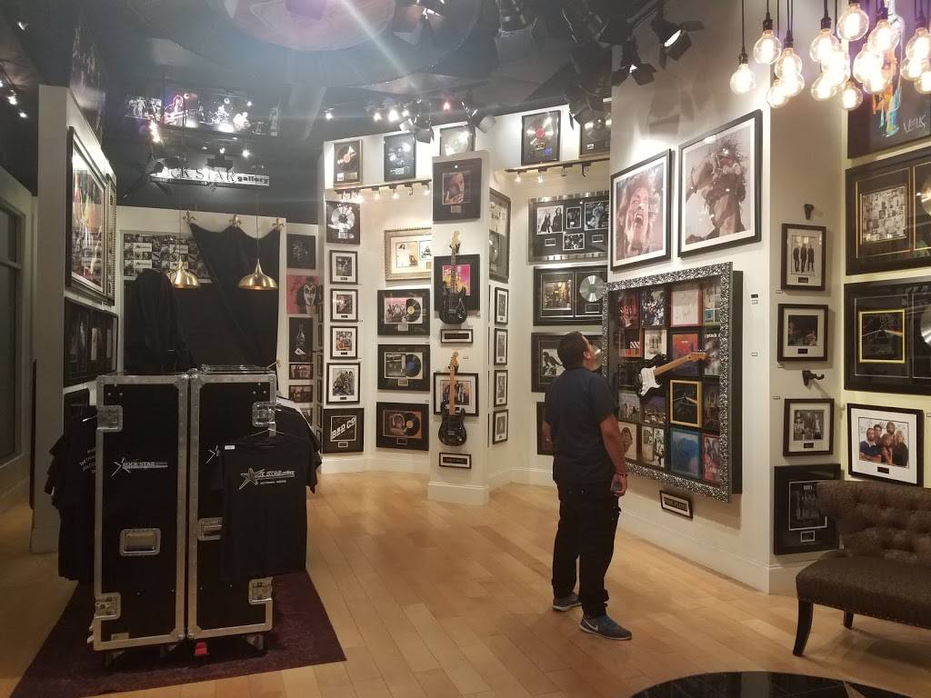 ROCK STAR gallery - shopping mall  | Photo 7 of 7 | Address: 15211 N Kierland Blvd #160, Scottsdale, AZ 85254, USA | Phone: (480) 275-4501