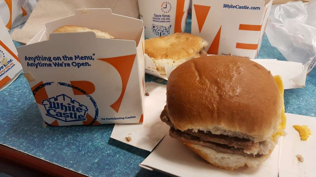 White Castle - restaurant  | Photo 5 of 10 | Address: 2701 Boston Rd, Bronx, NY 10467, USA | Phone: (718) 231-4978