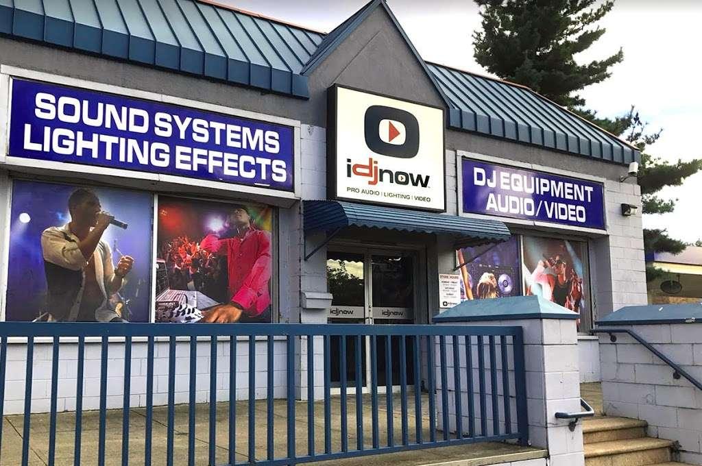 I DJ NOW - electronics store  | Photo 2 of 10 | Address: 1015 Sunrise Hwy, West Babylon, NY 11704, USA | Phone: (631) 321-1700
