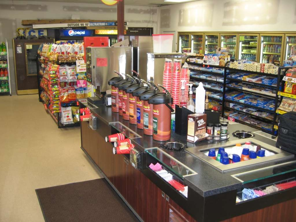 Rutters #28 - convenience store  | Photo 3 of 10 | Address: 301 N Main St, Red Lion, PA 17356, USA | Phone: (717) 244-9589