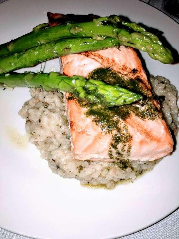 Antoinettas Restaurant - restaurant  | Photo 5 of 10 | Address: 523 Cedar Run Dock Rd, West Creek, NJ 08092, USA | Phone: (609) 978-9785
