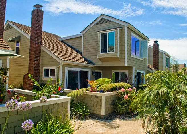 Pete Fuentes Vacation Rentals - Coronado Bayfront Rental - real estate agency  | Photo 2 of 9 | Address: 1433 1st St, Coronado, CA 92118, USA | Phone: (619) 808-1845