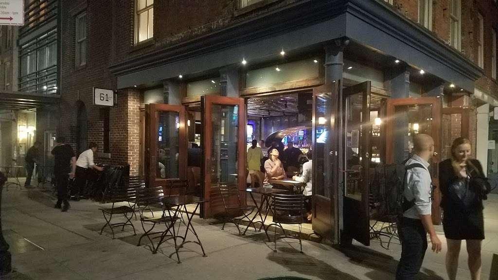 Vintage 61 - restaurant  | Photo 3 of 10 | Address: 233-235 Front St, New York, NY 10038, USA | Phone: (212) 346-9090