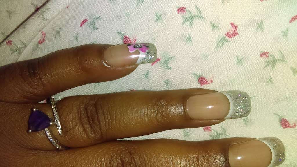 Signature Nail Spa - hair care  | Photo 8 of 9 | Address: 950 Admiral Callaghan Ln, Vallejo, CA 94591, USA | Phone: (707) 649-8989