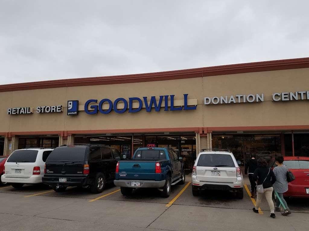 Goodwill Boulder - furniture store  | Photo 5 of 10 | Address: 2486 Baseline Rd, Boulder, CO 80305, USA | Phone: (303) 494-5145