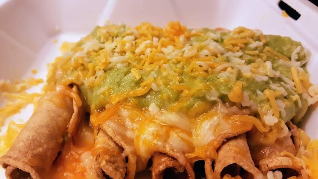 Abelardos | Mexican Restaurant - restaurant  | Photo 2 of 10 | Address: 3540 Center St, Omaha, NE 68105, USA | Phone: (402) 999-8039